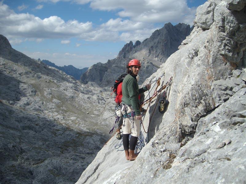 Carlos Cue y Javier Torralbo en la cima del Tiro Pedabejo