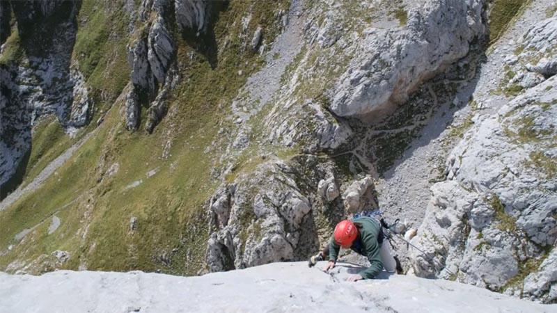 Carlos Cué escalando Tiro Pedabejo