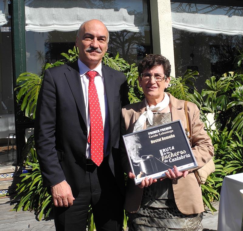 Aurita con director general Turismo Cantabria