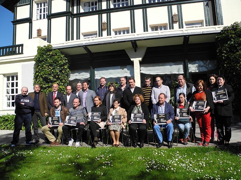 Ganadores y autoridades premio cocido 2014