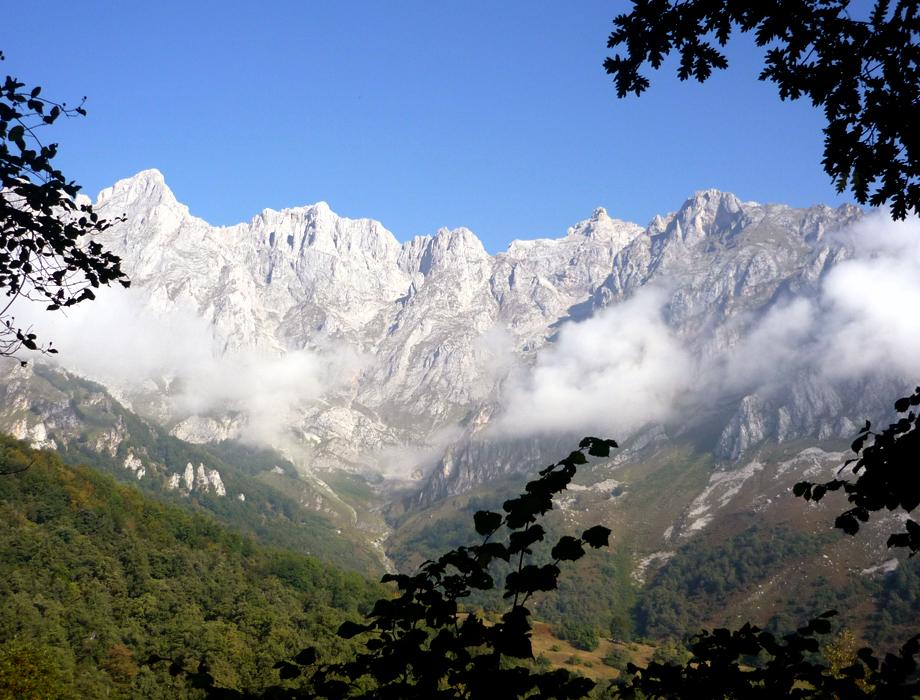 Ruta Bajo los Picos