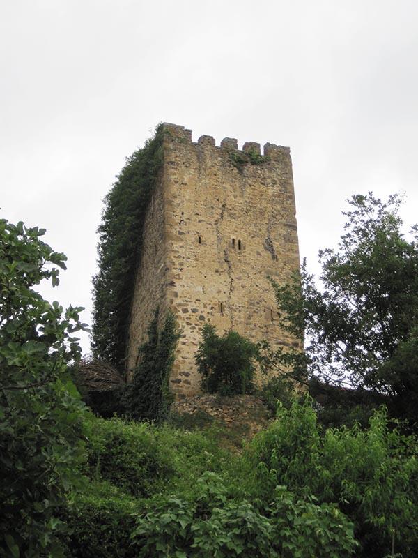 Torre-medieval de Mogrovejo